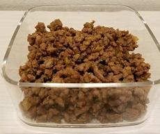 真空保存容器ターンシールで肉みその酸化対策